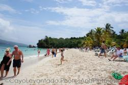 Beach-goers at Cayo Levantado.jpg