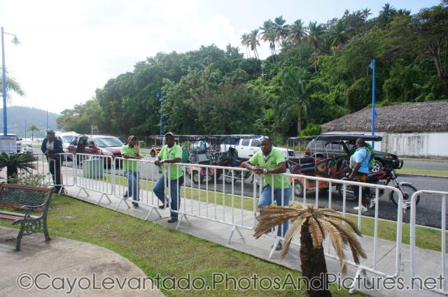 Aggressive Samana taxi operators waiting for business.jpg